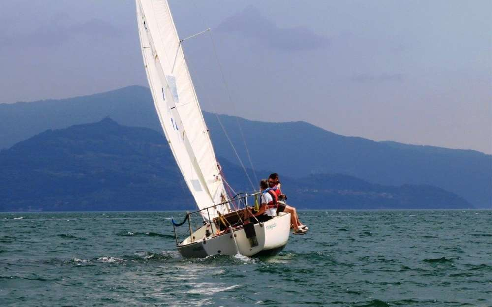Sailboat trip on Iseo Lake - BergamoXP